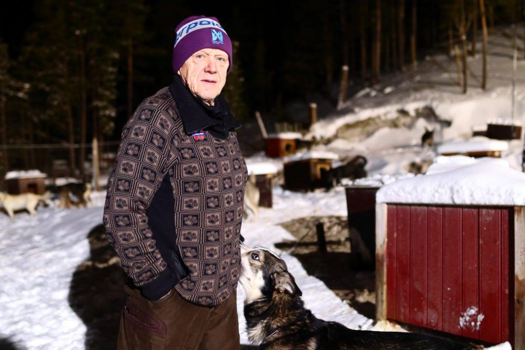 TIDLIGERE MOTTAKER: Kjell Brennodden mottok, som førstemann, Folldalsprisen i 2011. Nå ønsker kommunen forslag fra kommunens innbyggere om hvem som skal motta Folldalsprisen i 2021.