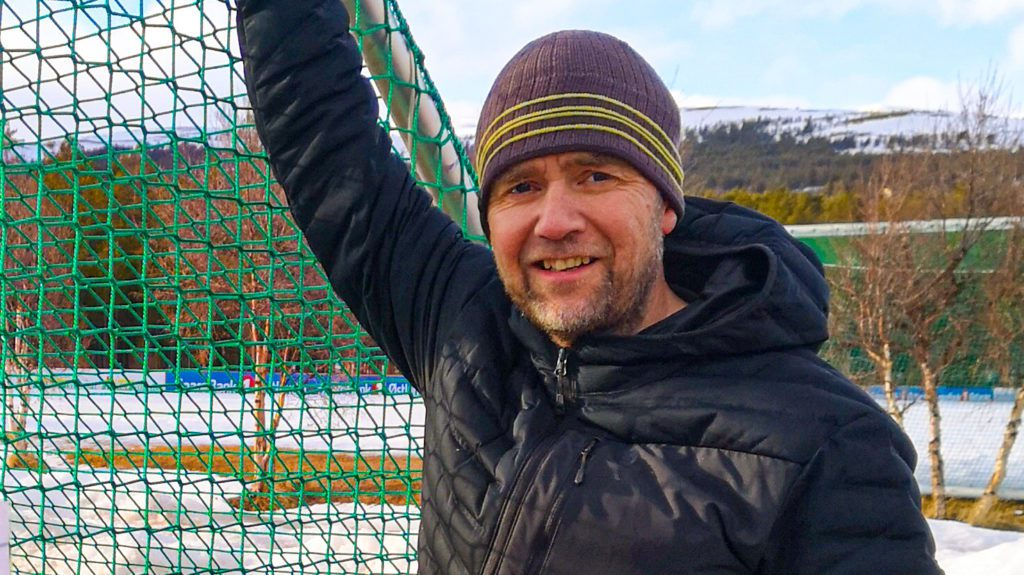 LEDER FJELLSTYRET: Børge Røhjell og Folldal Fjellstyre håper jegerne i bygda blir med på å bedre forholdene for hønsefugl gjennom jakt på blant annet rødrev. Foto: privat